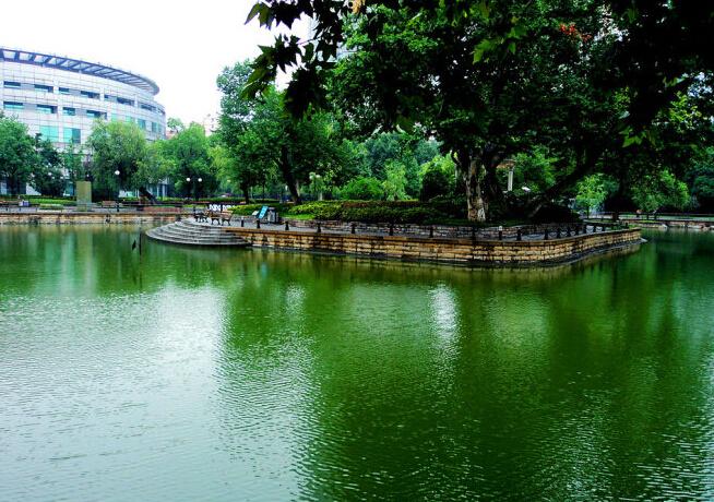 金鱼公园风景图片